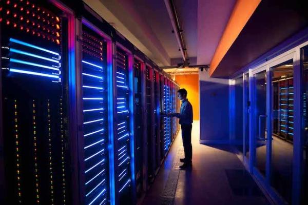 IT Engineer Configuring Servers